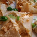 Blue Cheese and Buffalo Chicken Wonton Bites #SundaySupper