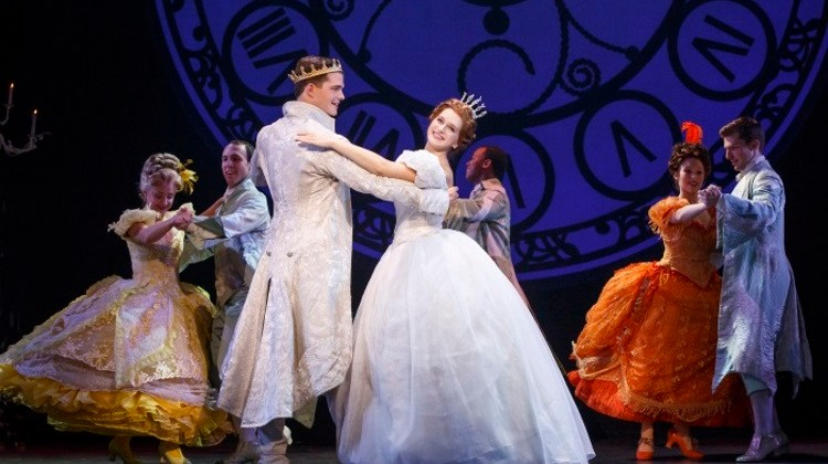 {GIVEAWAY} Win tickets to Rodgers + Hammerstein's Cinderella in Vancouver