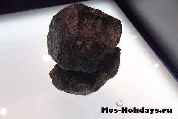 Крупные метеориты.
