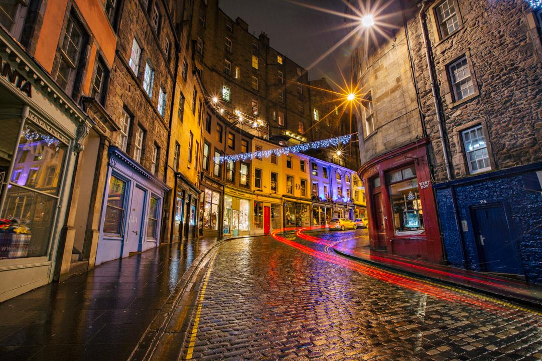 Victoria St. Edinburgh, Scotland. Canon 5DMK3+16-35mm, 8s at f/16, ISO 200.
