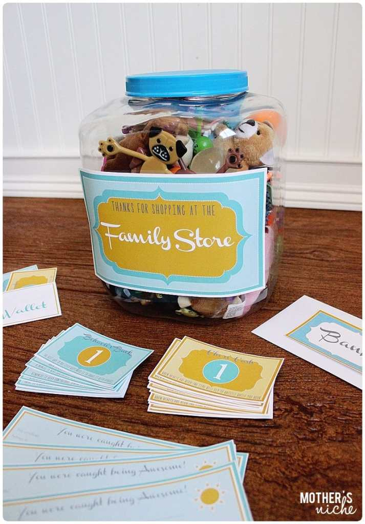 Super cute family store ideas and free printables for motivating good behavior!