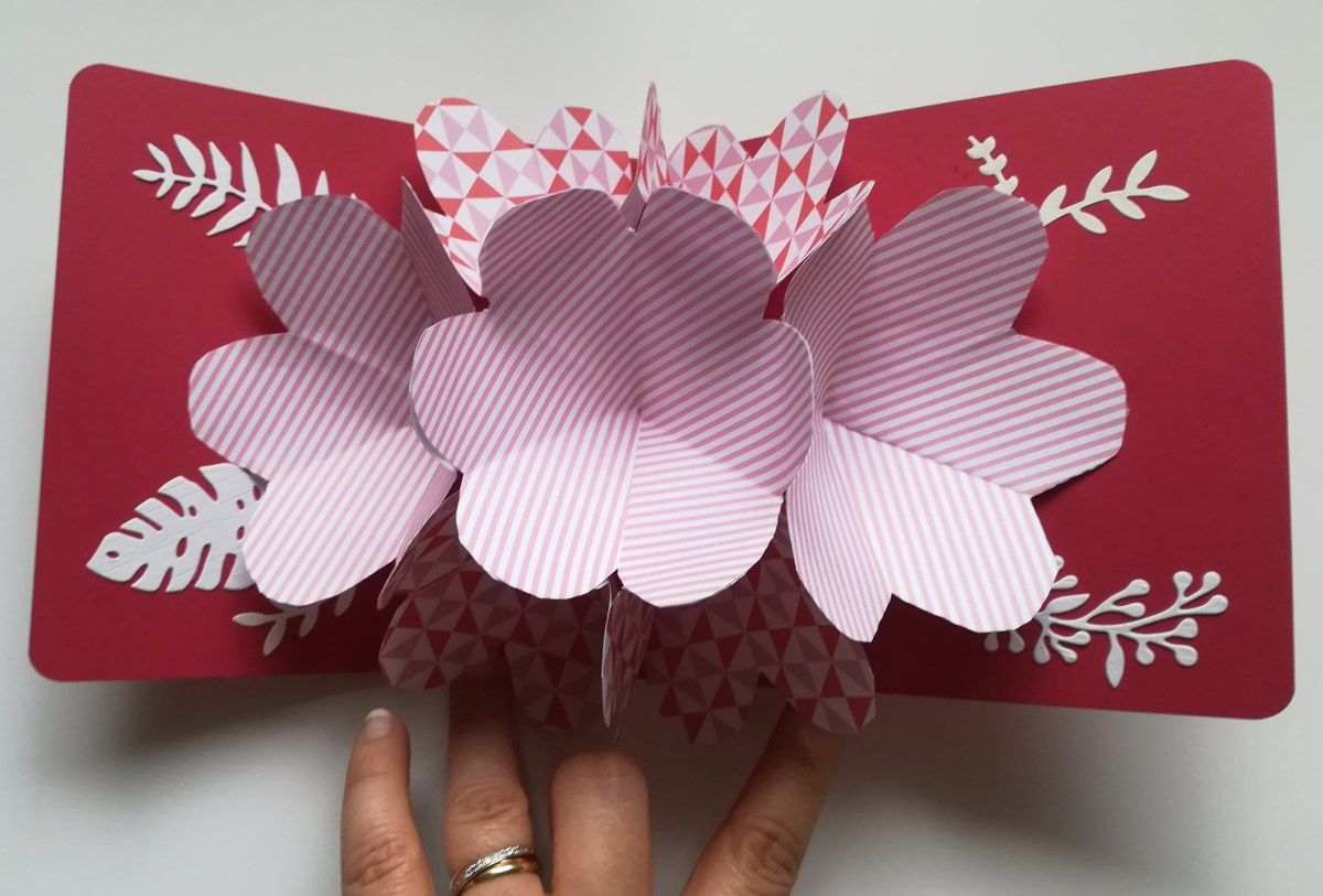 Carte-pop-up-fleurs-2
