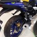 2015-Yamaha-YZF-R25-Movistar-Malaysia-005