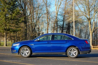 2013 Ford Taurus Limited Side
