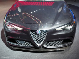 2016 NAIAS Alfa Romeo Giulia Metallic Paint