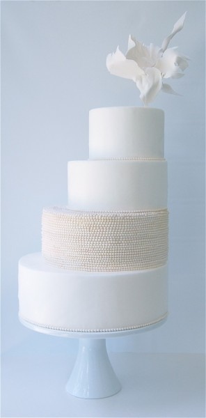 asymmetric wedding cake