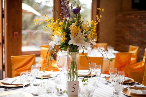 3-bouquet-centerpiece-KB_Digital_Designs-Estes-Park-Wedding