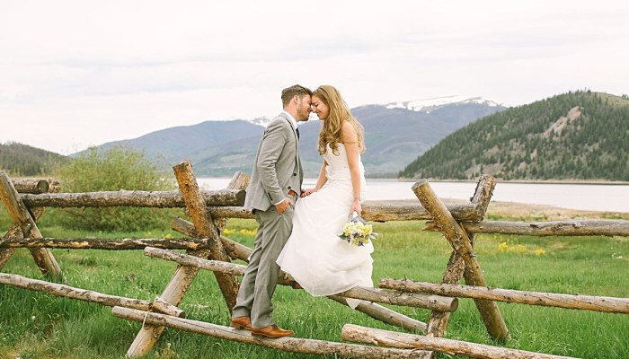 Homespun Breckenridge Wedding with Preppy Navy and Yellow Details