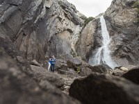 How to Look Great in Photos Even in a Harsh Mountain Environment
