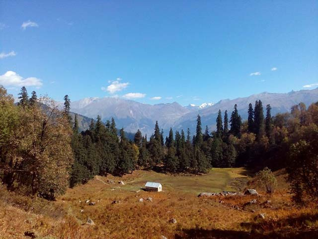 Bhrigu Lake and Trekking in Manali, Bara Bhangal Trek