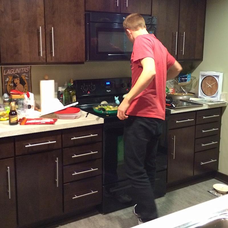 160127-alex_making_dinner_taylor's_apt-iphone-IMG_8149v2