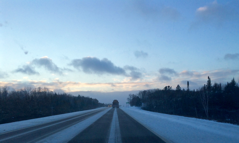 160128-highway_2_blowing_snow_upper_peninsula-IMG_0002
