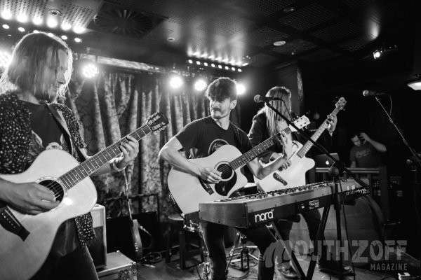 LIVE REVIEW: Thirsty Merc