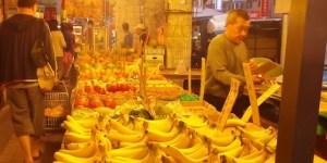 Fruit Market Vendor Taiwan