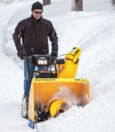Cub Cadet 3X 2014 Cub Cadet 3X™ 26 & 28 inch Three Stage 357cc Snow Blower Review