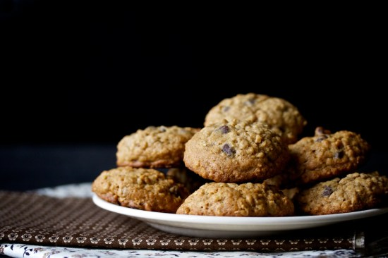 oatmeal chocolate chip cookies | movita beaucoup