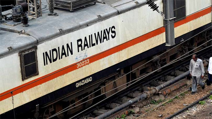 indian-railways-to-recharge-passengers-mobile-mplive