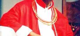 Oba Of Benin Gives Jonathan Highest Royal Attire