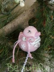 Μπομπονιέρες Βάπτισης. Μπομπονιέρα βάπτισης κορίτσι, κουμπαράς παπάκι ροζ με φιογκάκι λινάτσα και υφασμάτινο λουλουδάκι.