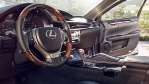 lexus es300h interior
