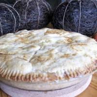 Old Fashioned Honey Crisp Apple Pie