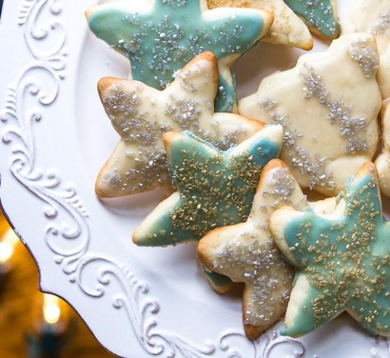 everyone loves holiday cookies!