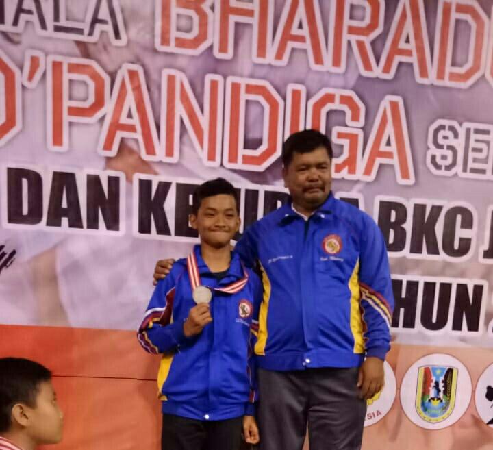 Sukses Pembinaan Berjenjang, Karate MTsN 3 Malang Raih Juara se Jawa-Bali