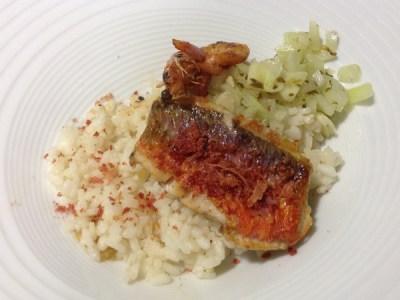 recetas de pescado: Lomo de salmonete con langostino y arroz ibérico