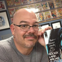 greg rucka author photo