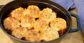 easy one pot beef cobbler