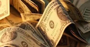 Dólar (Foto: Stockvault)