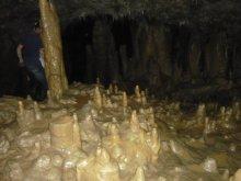 Estalagmitas en el interior de las Grutas del Rey Marcos. Fotografía de: Eduardo Serrano Perronista.