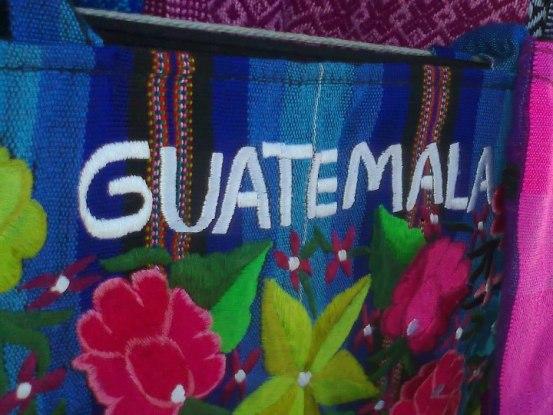 Artesanias de Guatemala, bolsas tipicas - Foto por Don Bladi