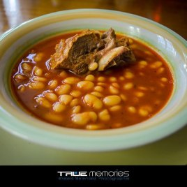 Frijoles Blancos con Costilla - True Memories Photography