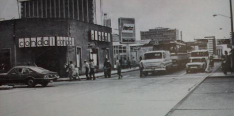 La 7ma. Avenida en 1977 - foto por José L Lopez G.