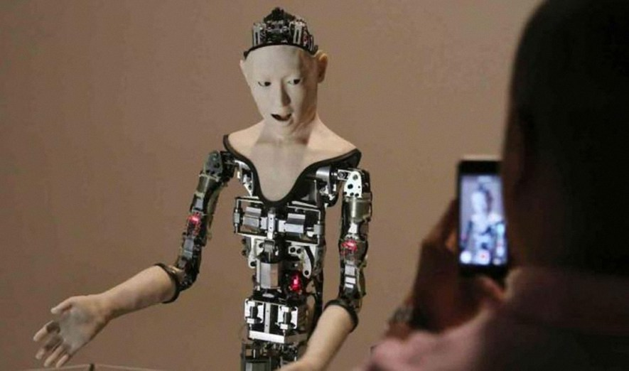 ScreenShot060-2 Alter,un robot con voluntad propia