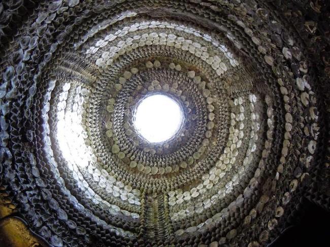 desktop-1433533675 Misterioso edificio subterráneo que desconcierta a todo el mundo