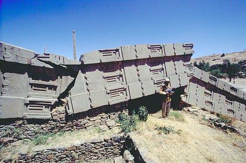toppled-axumite-obelisk-5001 HOLOCAUSTO NUCLEAR EN TIEMPOS REMOTOS