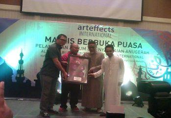 Majlis Penyampaian Anugerah Platinum Berkembar 4