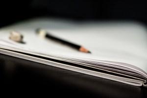 notebook-933362_640