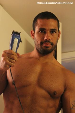 bodybuilder grooming 1
