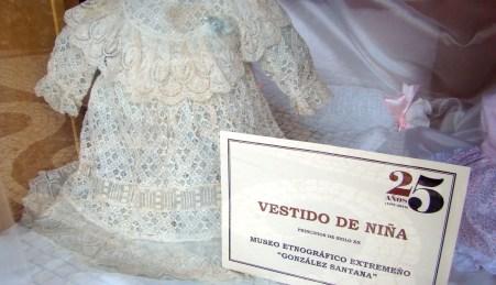 Vestido de niña (Principios del siglo XX). La Manola.