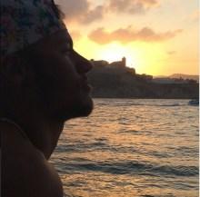 """Neymar publica trecho da música """"Raridade"""", de Anderson Freire, em legenda de foto no Instagram"""