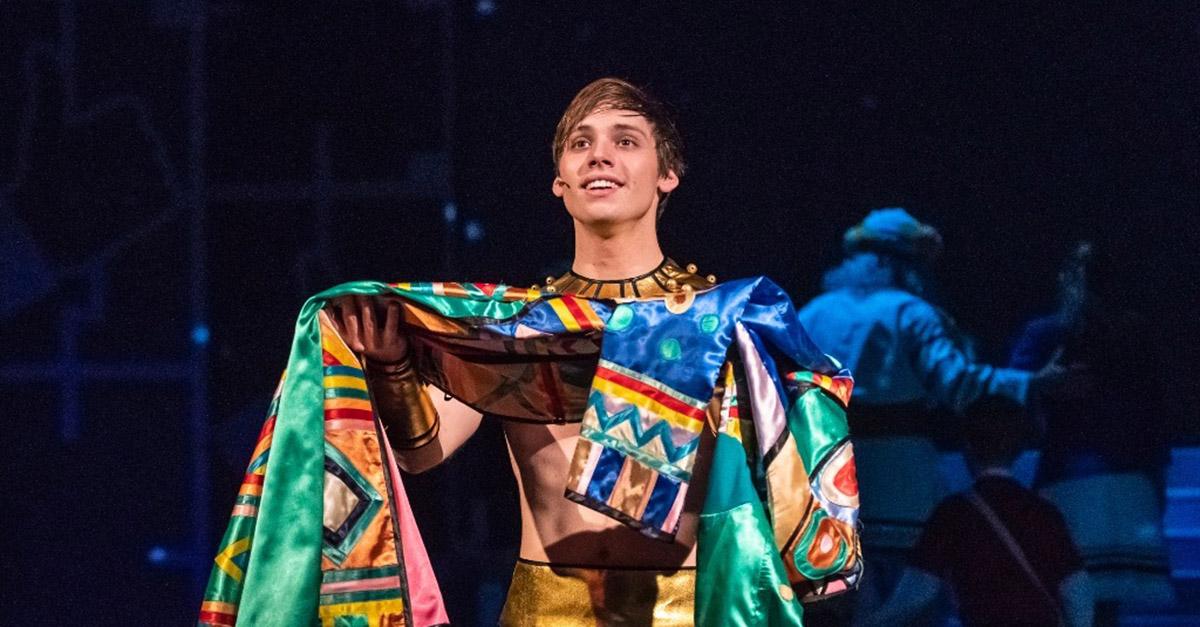 Josef a jeho úžasný pestrobarevný plášť září v Plzni (recenze)
