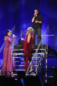 """...společně s Danem Bártou zazpívali netradiční verzi písně """"Vše je tak, jak má být"""""""