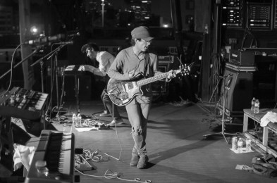 clap your hands say yeah-4