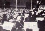 Richard Strauss dirigiert die Düsseldorfer Symphoniker am 28.05.1938 im Kaisersaal der Tonhalle Düsseldorf anlässlich einer