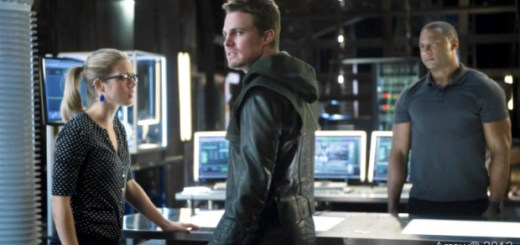 Emily-Bett-Rickards-Stephen-Amell-and-David-Ramsey-in-Arrow-Season-2-Episode-9.jpg