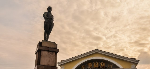 Памятник Кирову в Петрозаводске. Фото: vk.com