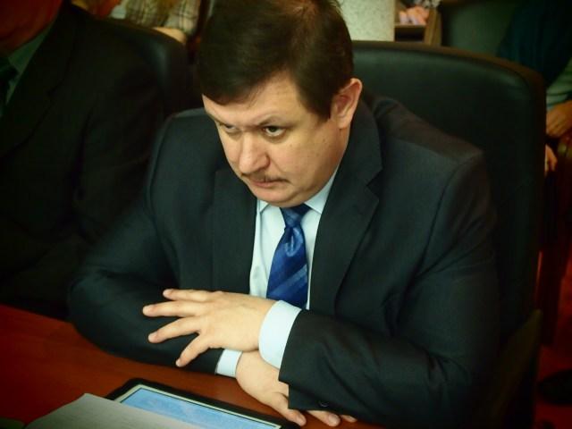 Председатель Государственного контрольного комитета Карелии, муж губернаторского пресс-секретаря Виталий Галкин. Фото: Валерий Поташов